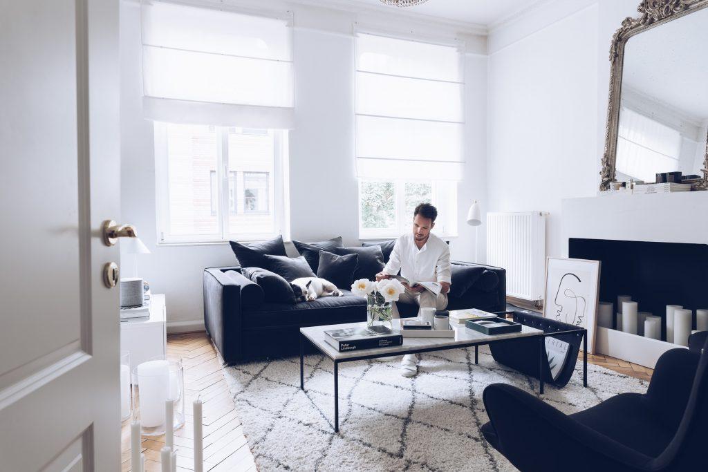 At Home Sebastian Schmidt 2400-3